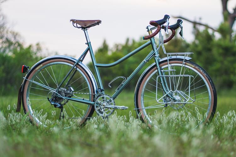 Velo Orange: Polyvalent – Low Kicker
