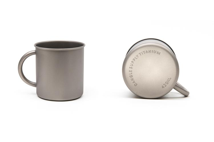 Dangle Supply Reinvents the Titanium Dangle Mug
