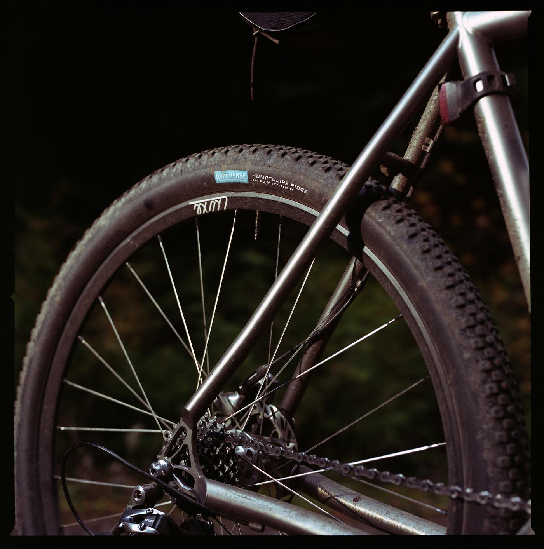 "New René Herse Humptulips Ridge 26"" x 2.3"" Tires"