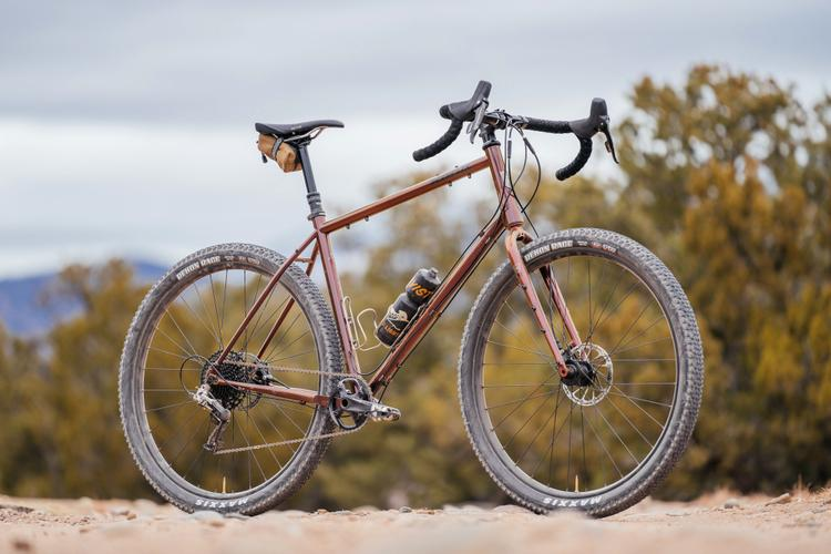 Big in All the Right Ways: a Review of the Kona Sutra ULTD 29er Touring Bike
