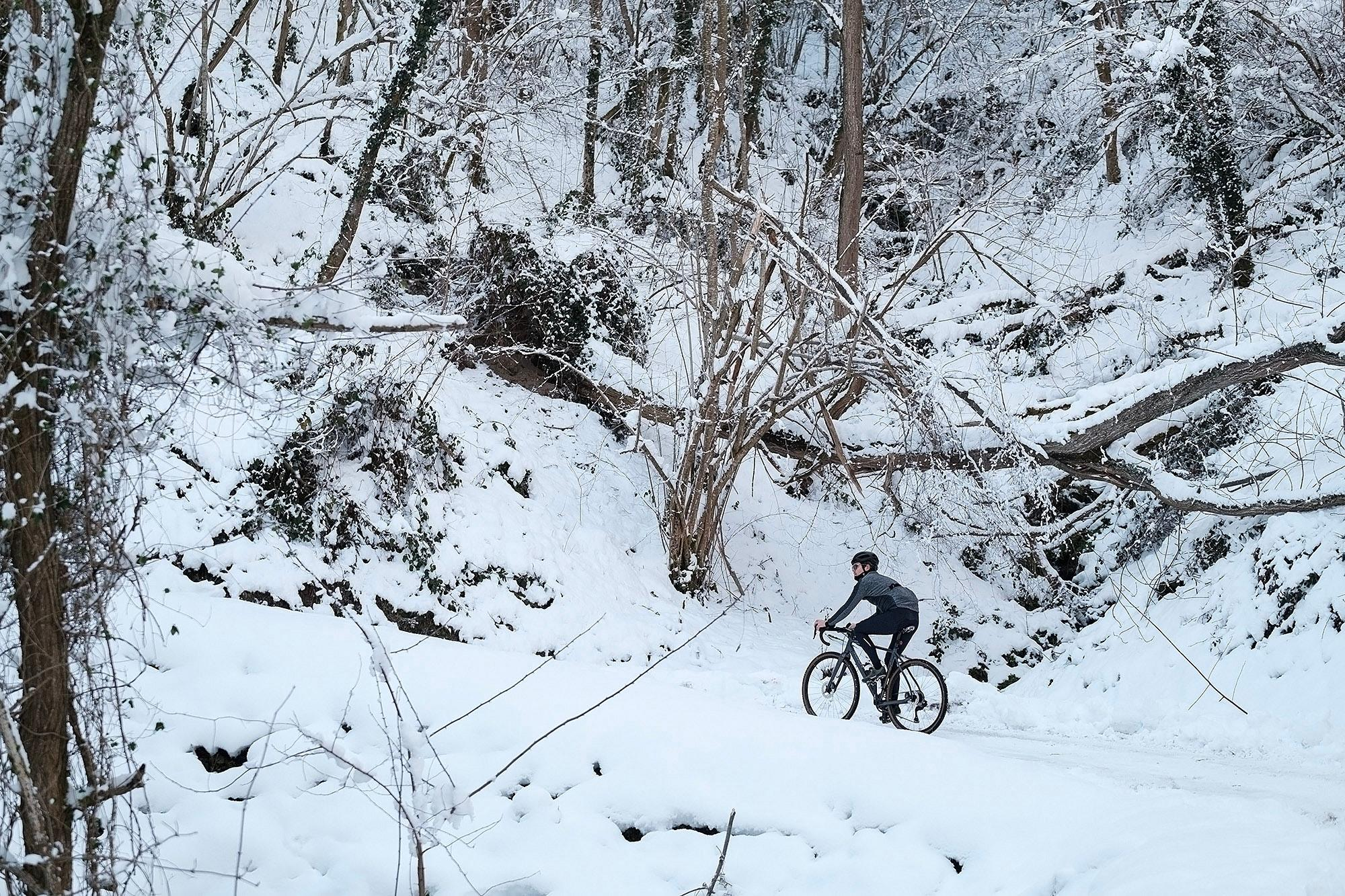 2-TomasMontes_AdP_Hypothermic_Ride_post__TheRadavist_003