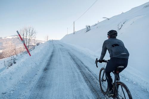 20-TomasMontes_AdP_Hypothermic_Ride_post__TheRadavist_024