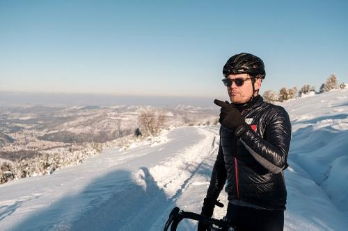 23-TomasMontes_AdP_Hypothermic_Ride_post__TheRadavist_017