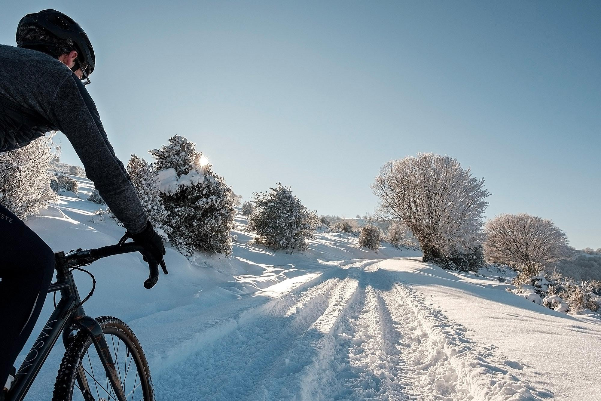 25-TomasMontes_AdP_Hypothermic_Ride_post__TheRadavist_026