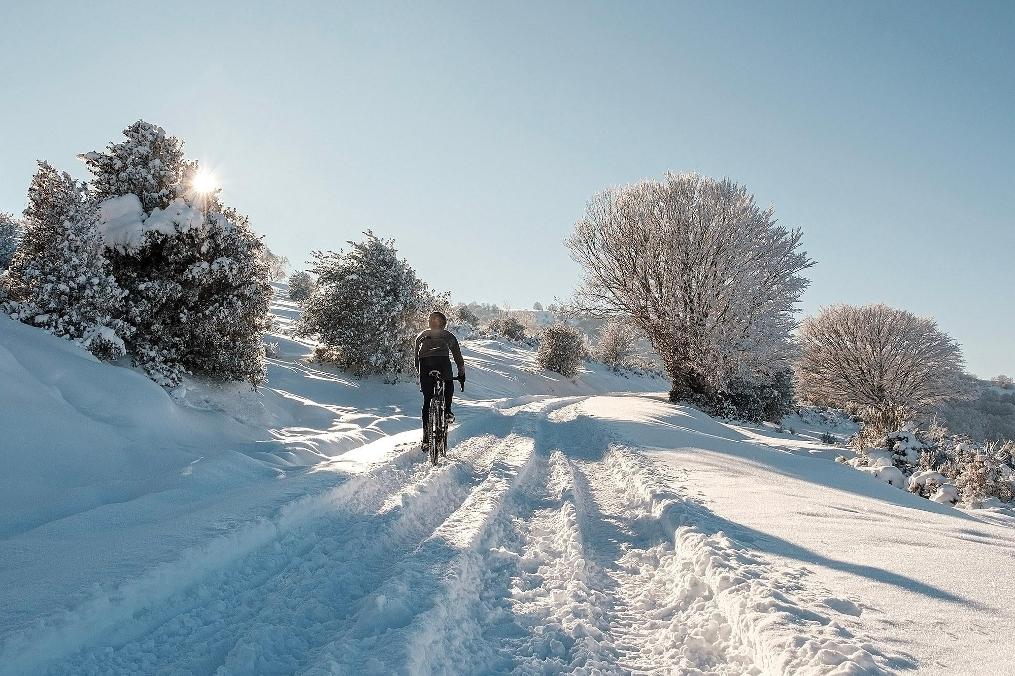 26-TomasMontes_AdP_Hypothermic_Ride_post__TheRadavist_031
