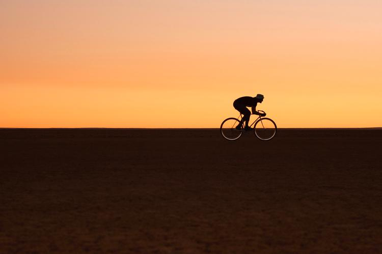 From DUST to Ashes… Fixed Gear Drag Racing on the Verneuk Mud Flat in South Africa