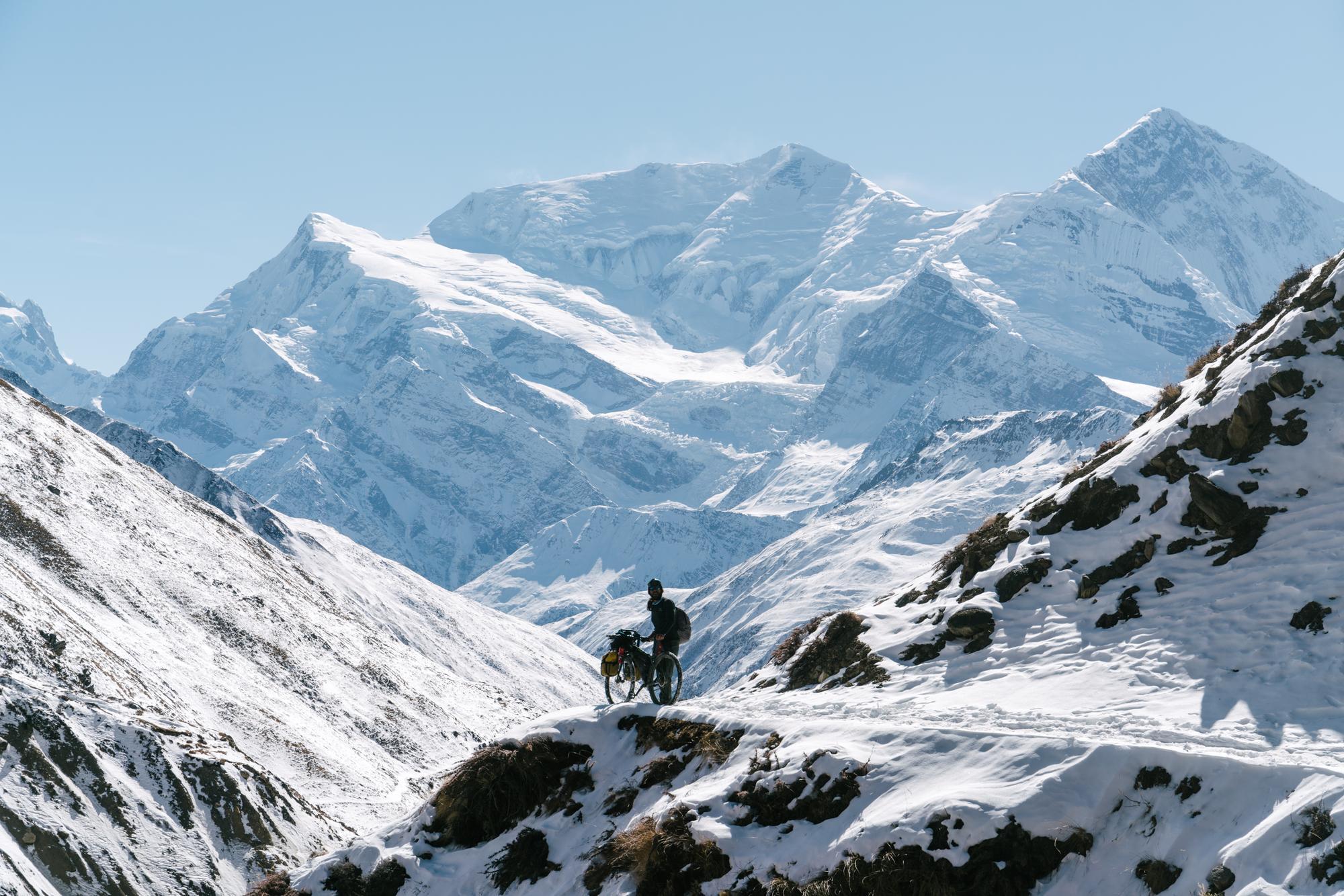 with views to 8,000 meter peaks
