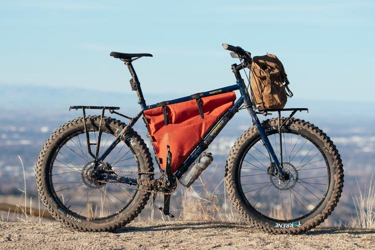 You Can Now Pre-Order the Tumbleweed T-Rack and Mini Pannier Rack