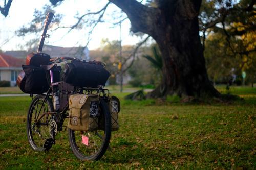 Troubadour: a Bag for Banjo-Packin'