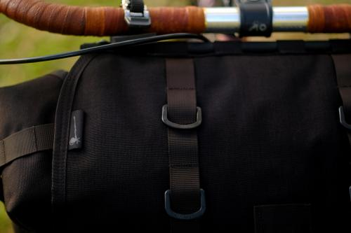 Troubadour: a Bag for Banjo-Packin'