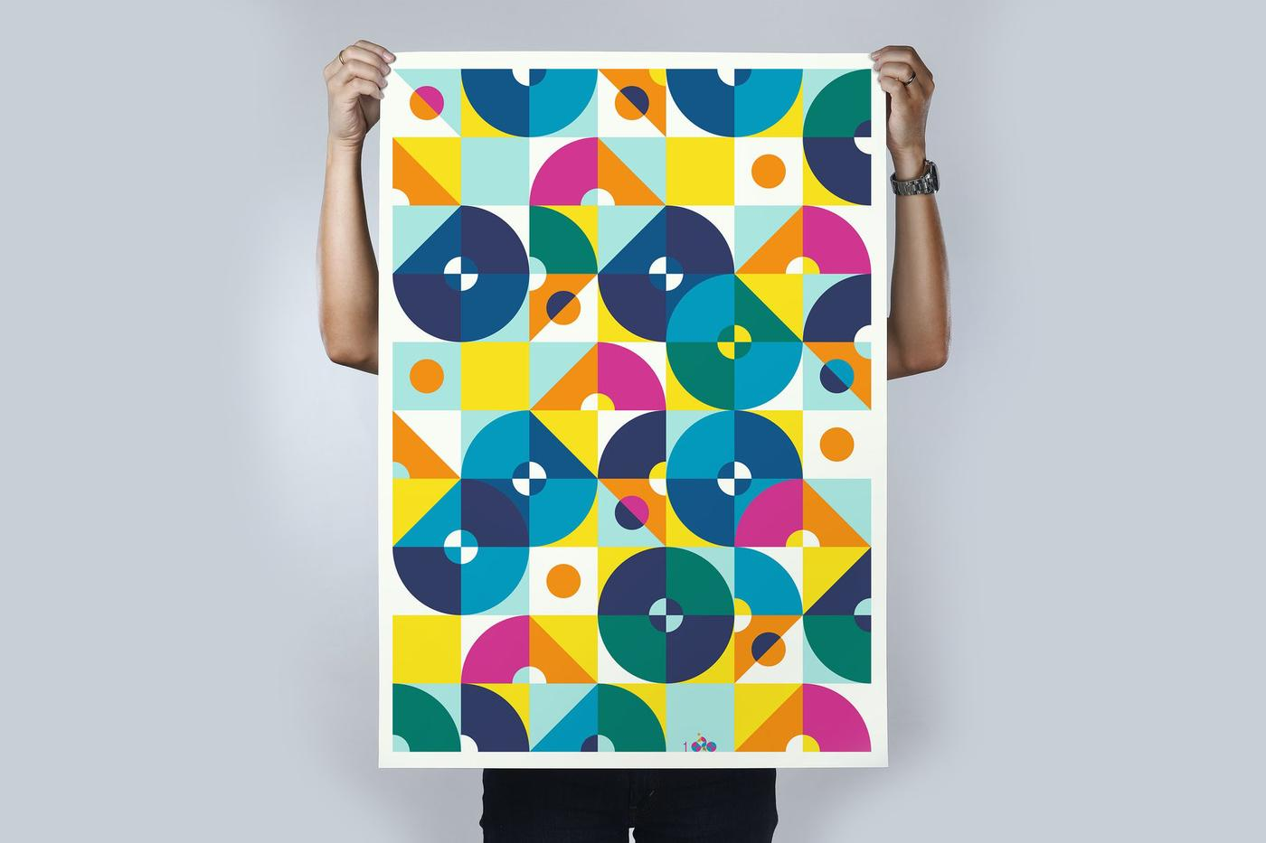 100 Copies: 8 Cyclists Print