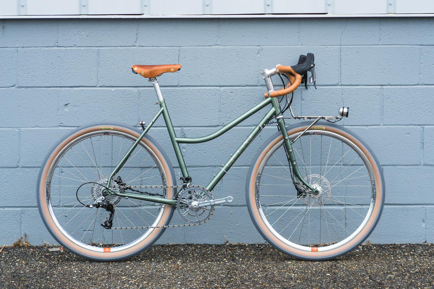 Velo Orange: Melissa's Sport Touring Low Kicker Has Some Very Special Hoops