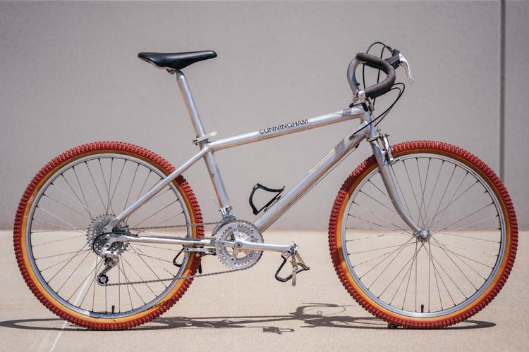 """From the Pro's Closet: #29 Cunningham – A 1983 Tribute to Jacquie Phelan's """"Otto"""" Bike"""