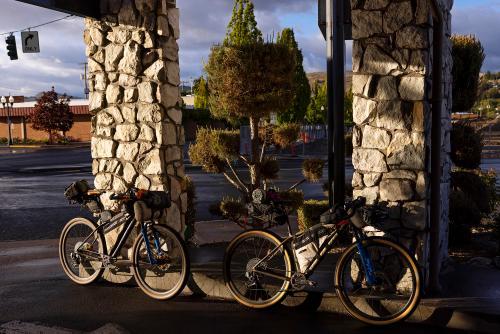 Finish in at the Maverick Hotel in Klamath Falls. (Rugile Kaladyte)