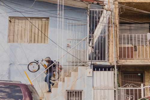 11. The folding properties of the bike make it easier to go up and down the stairs_