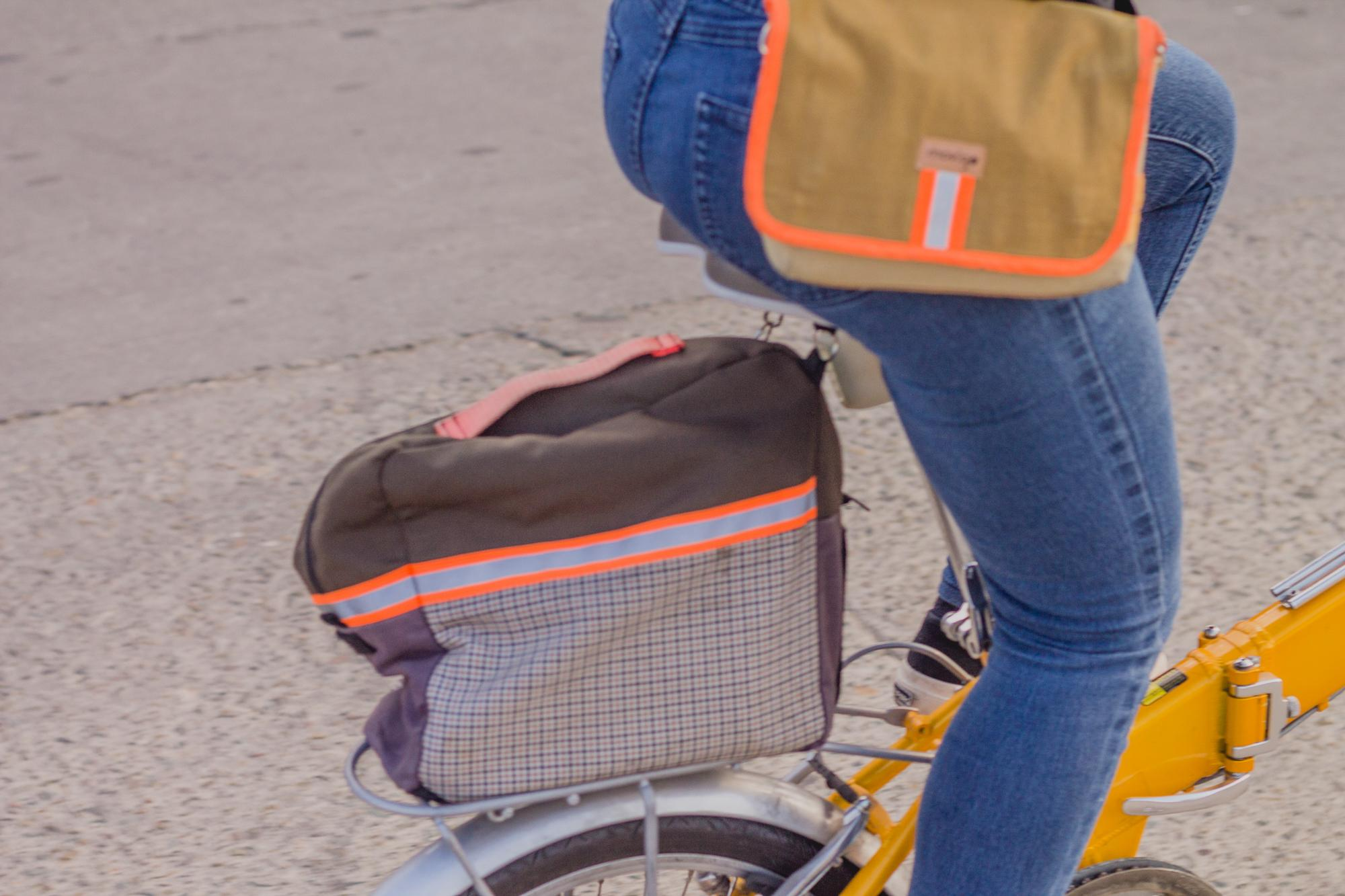 12. Movigo_s own design of a rear rack bag for a folding bike_