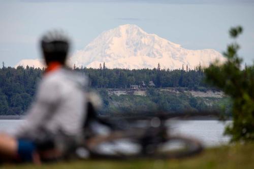 2021 July — Alaska Pipeline FKT — Bike and Gear 04 small