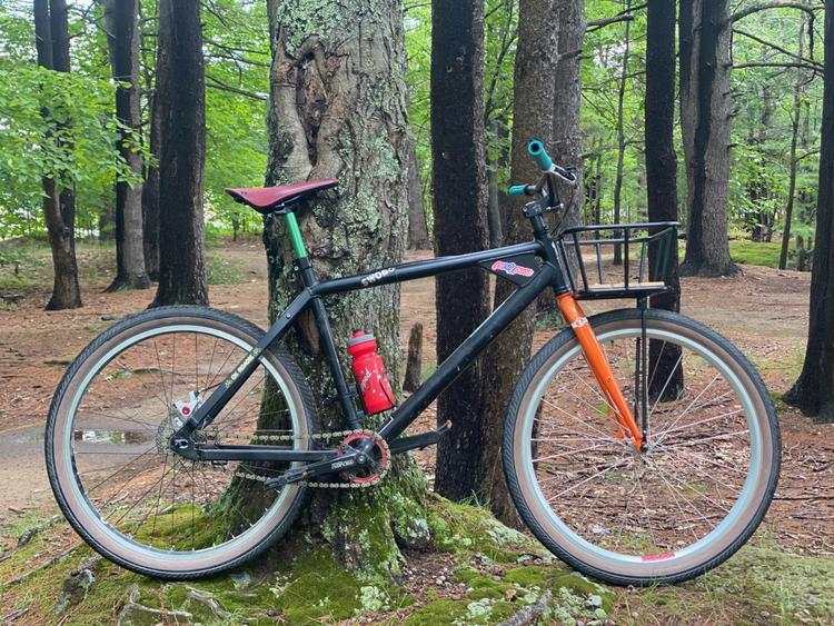 Readers' Rides: Evan's Swobo Folsom Basket Bike
