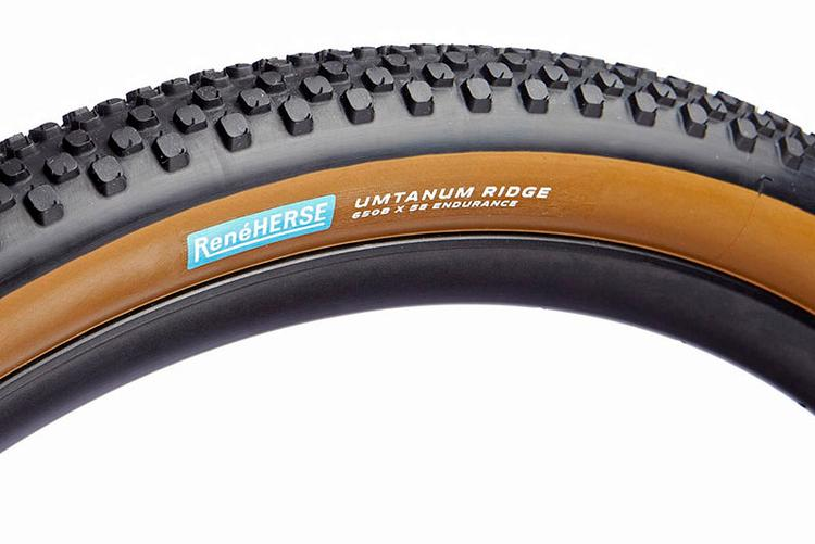 René Herse: 27.5″ x 2.2″ Umtanum Ridge TC Tire in Stock Now