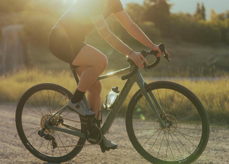 The Fezzari Shafer Gravel Bike