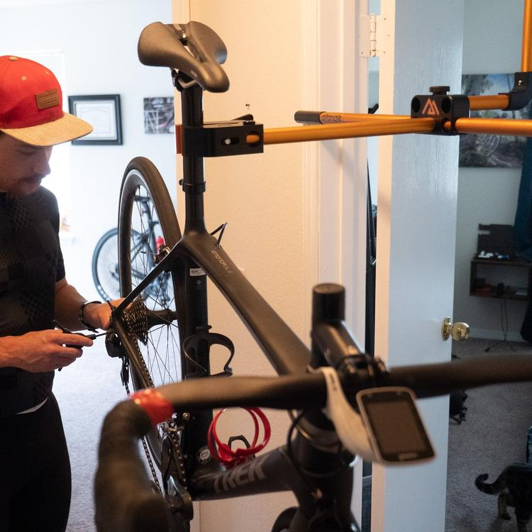 The Hangar: An Indoor Bicycle Work Stand For Smaller Spaces