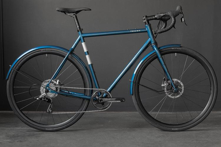 Two New Colors for the Twin Six Standard Rando: Extra Black and Steel Blue