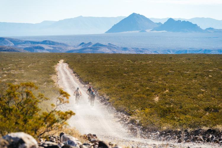 Wind, Chile, Chonk, and the Monumental Loop: the 2021 Dangerbird in Las Cruces