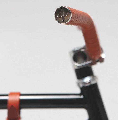 yorgo-vuitton-bikepolo2.jpg