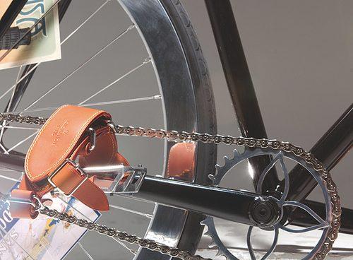 yorgo-vuitton-bikepolo3.jpg